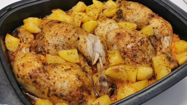 Pozostałe przepisy - Udka z kurczaka zapiekane z kapustą i ziemniakami 3