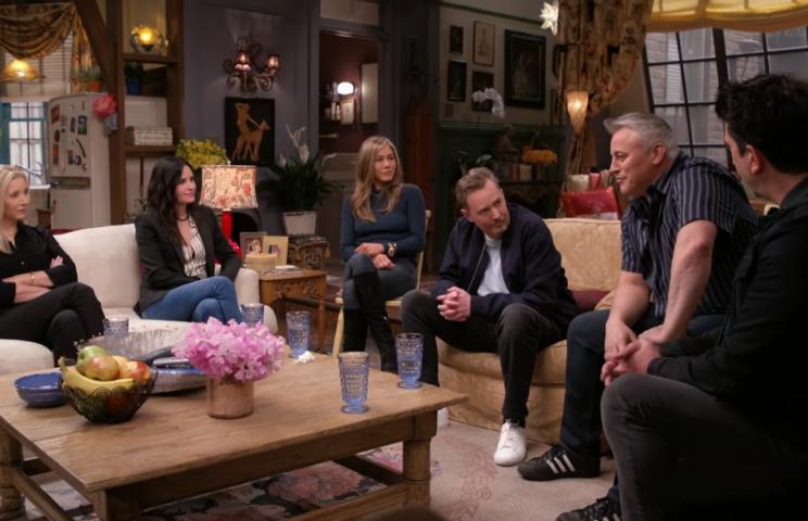 Filmy - Friends Reunion, czyli spotkanie z Przyjaciółmi po 17 latach 1